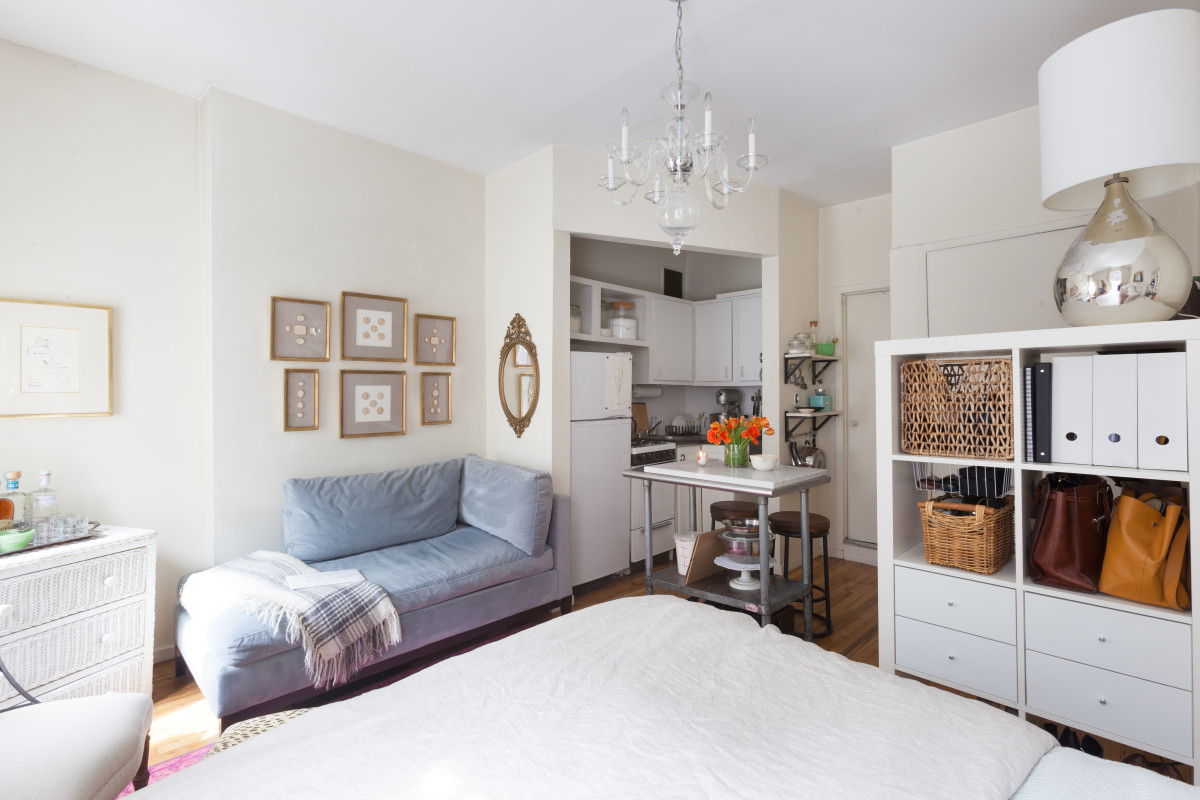 The Best Studio Apartment Layouts Have These 3 Things, According to Experts
