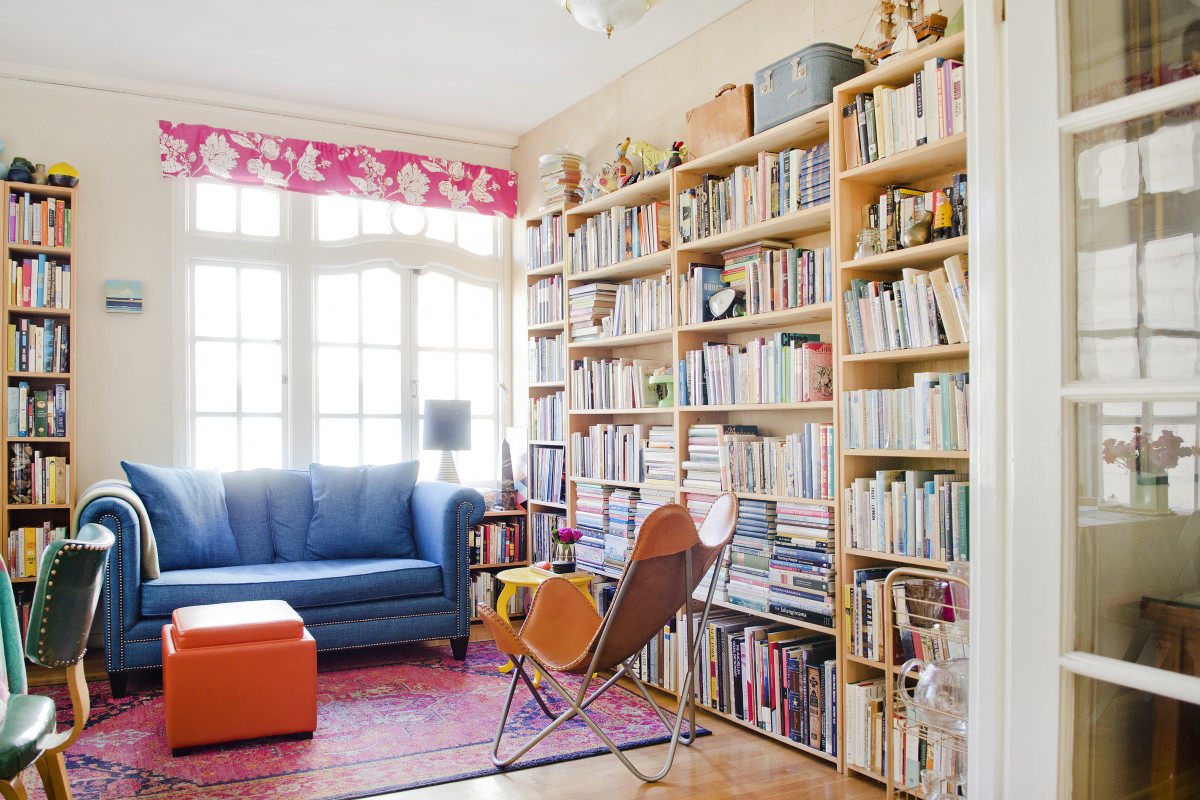 25 Genius Ways to Fill up an Awkward, Empty Corner