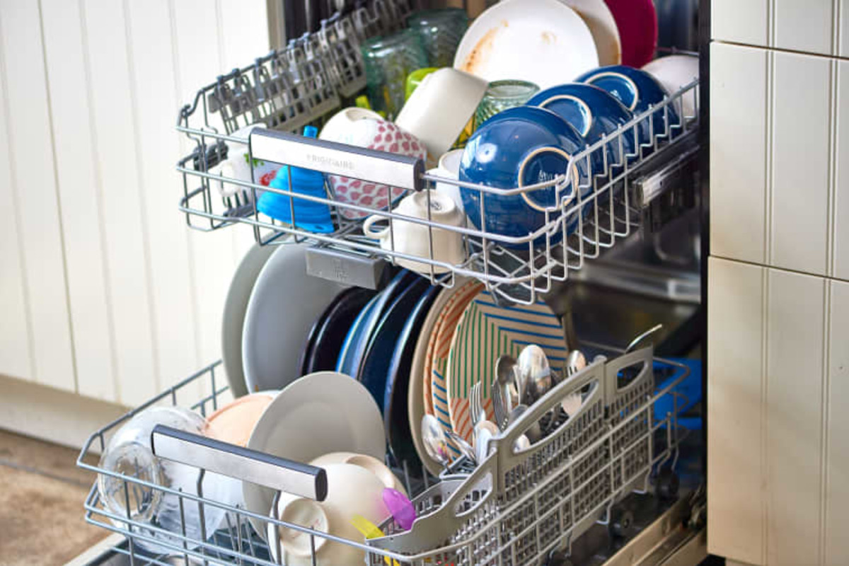The 5 Best Things to Do for Your Dishwasher