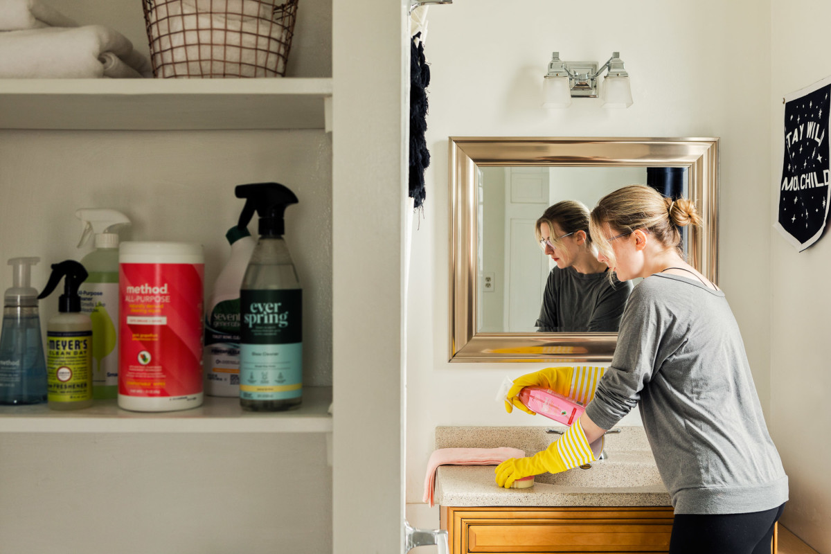 5 Tips for Making Cleaning the Bathroom Easier