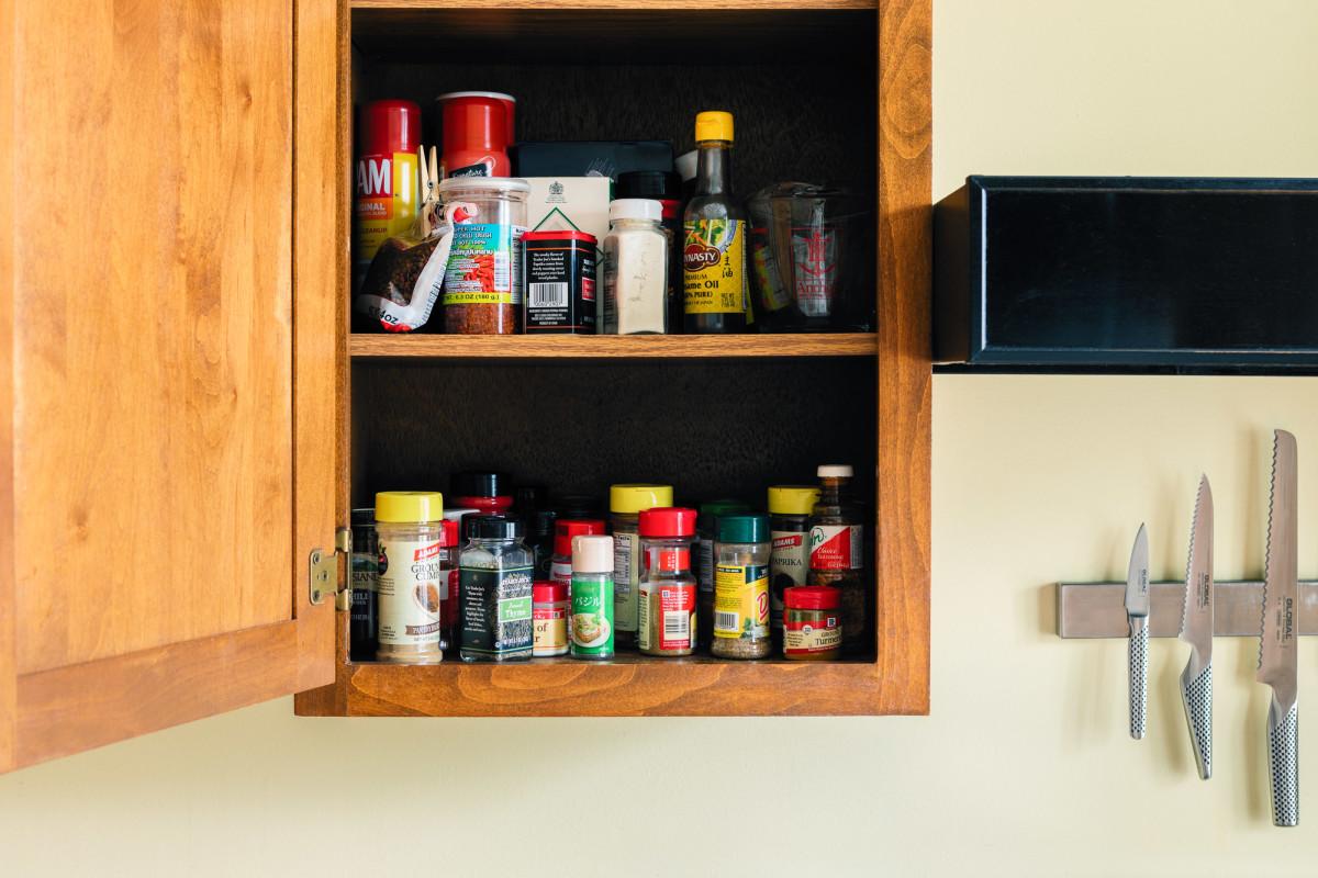 Marie Kondo's $30 In-Drawer Spice Organizer Solved My Small-Kitchen Storage Woes