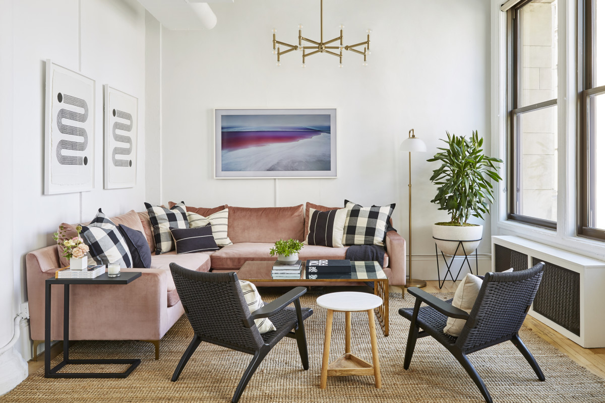 If You Only Make One Living Room Swap for the New Year, This Is What Designers Say to Do