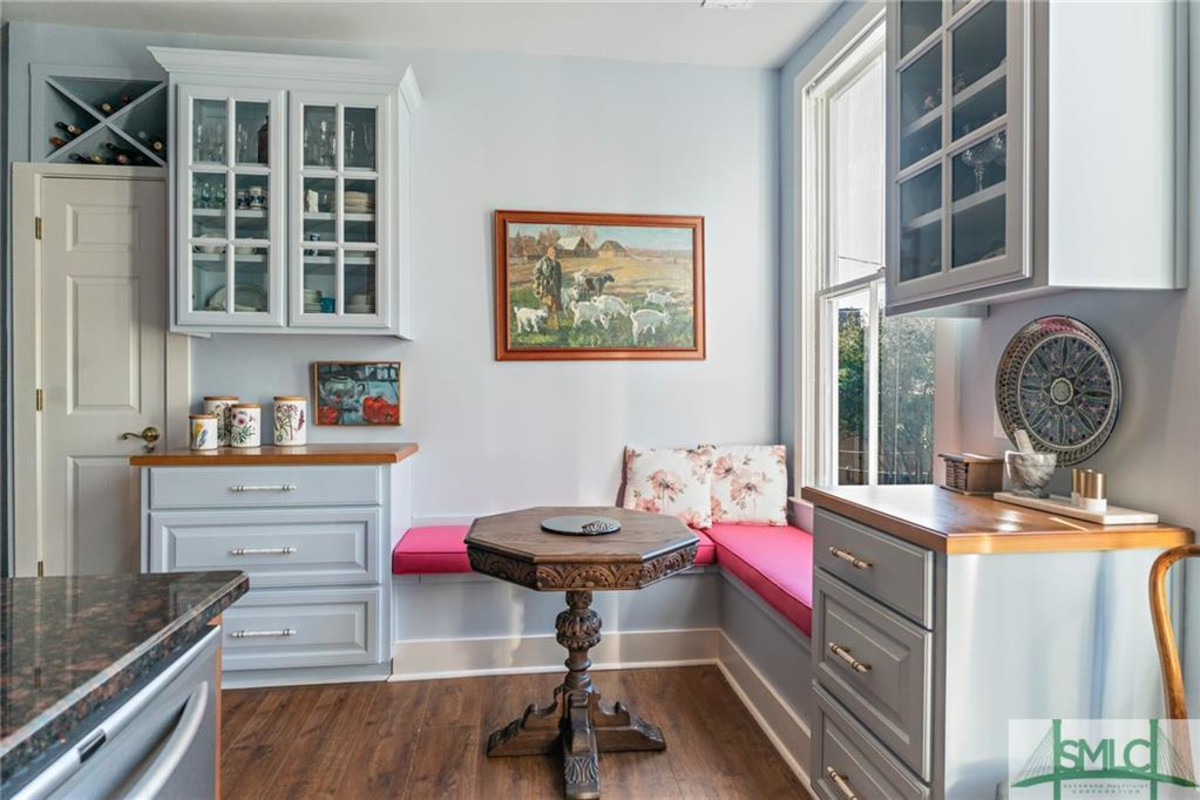 This Condo for Sale in Savannah's Historic District Has Such a Charming Dining Nook