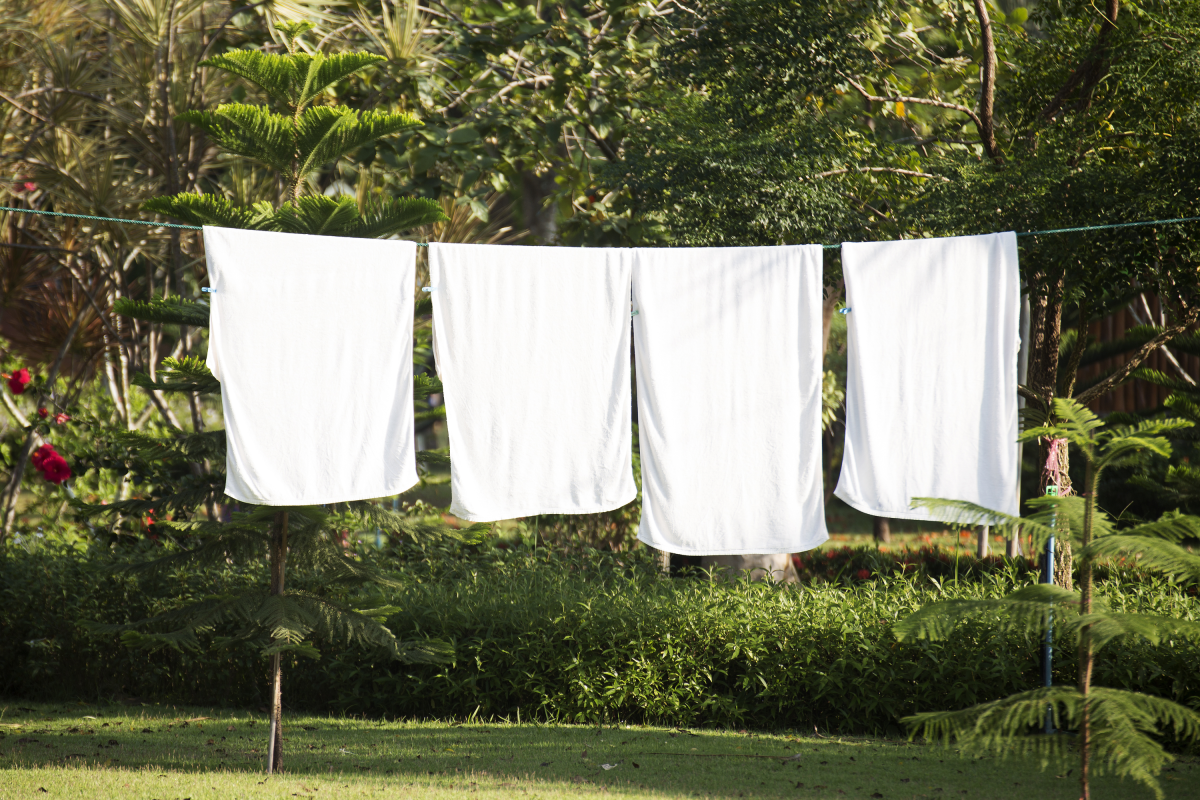 This $20 Solution Let Me Channel the Dream of Line-Drying My Sheets in Fresh Air