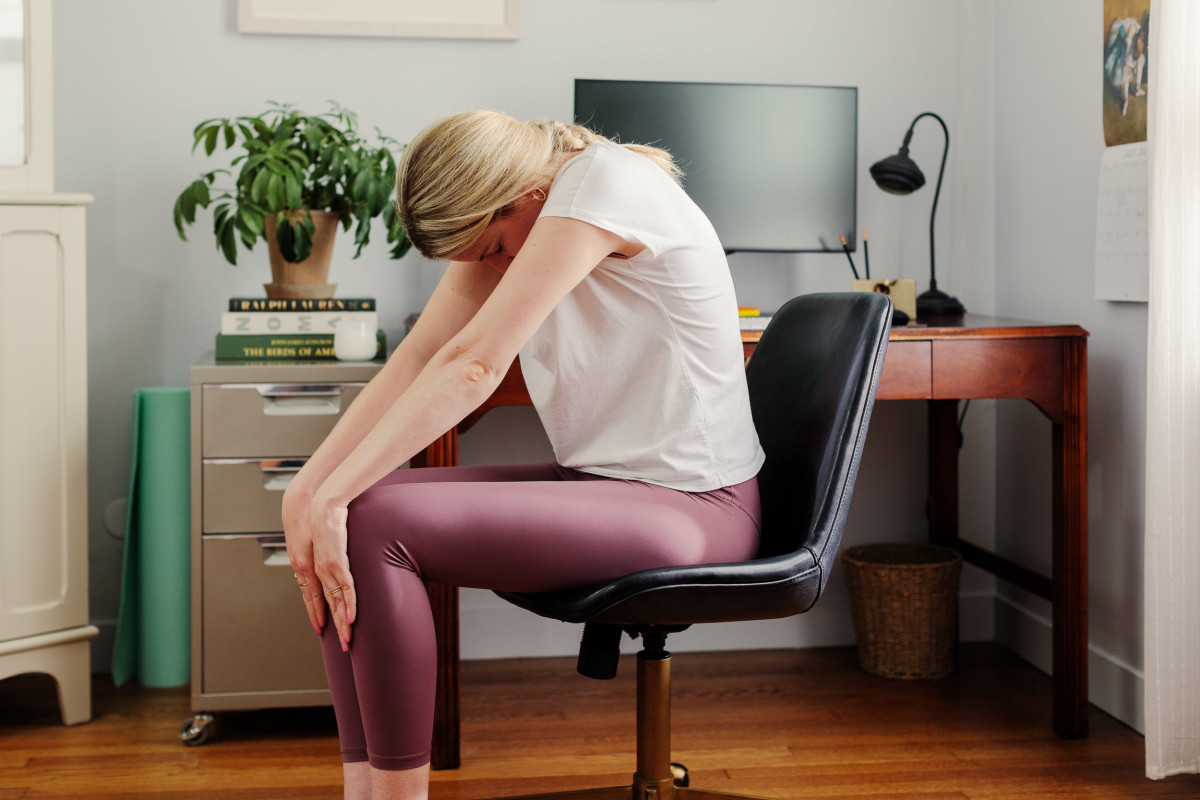 This Easy Stretching Routine Is Perfect for Any Work-From-Home Setup