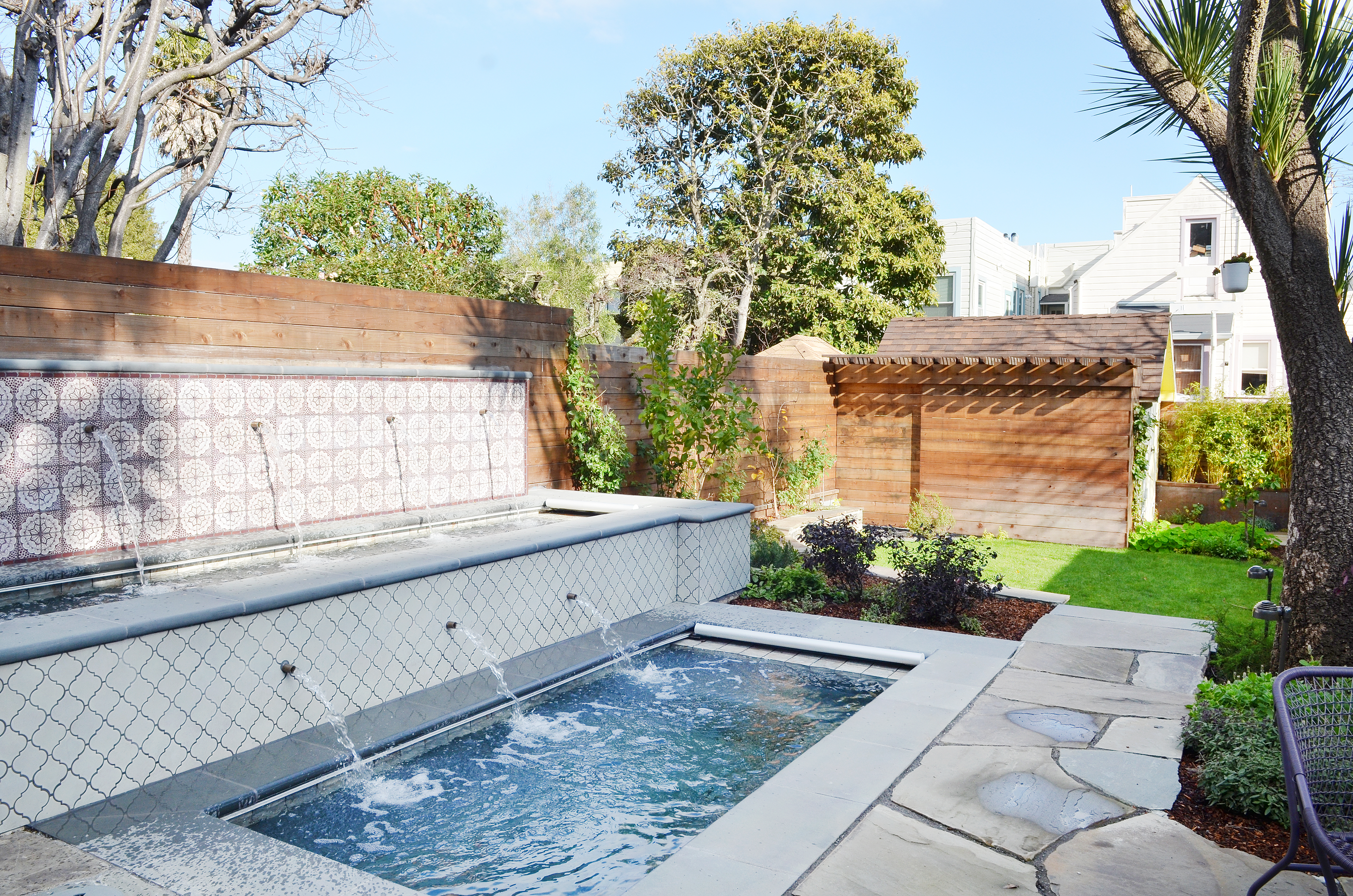 16 Small Backyard Pool Ideas - How to Fit a Pool in a Small Yard