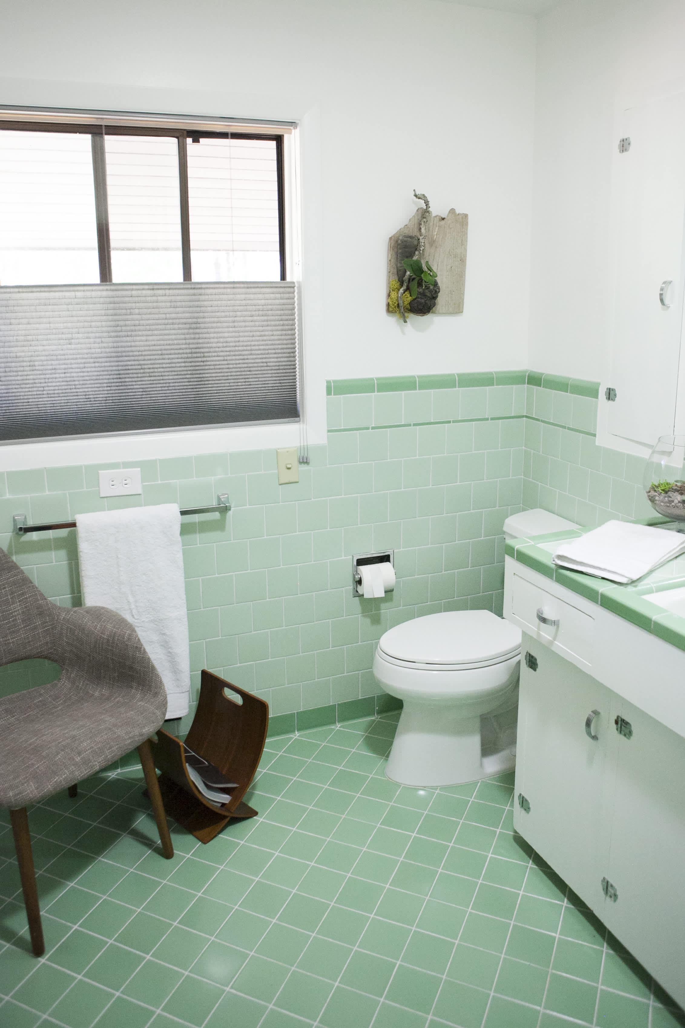 12 retro bathroom ideas cool old