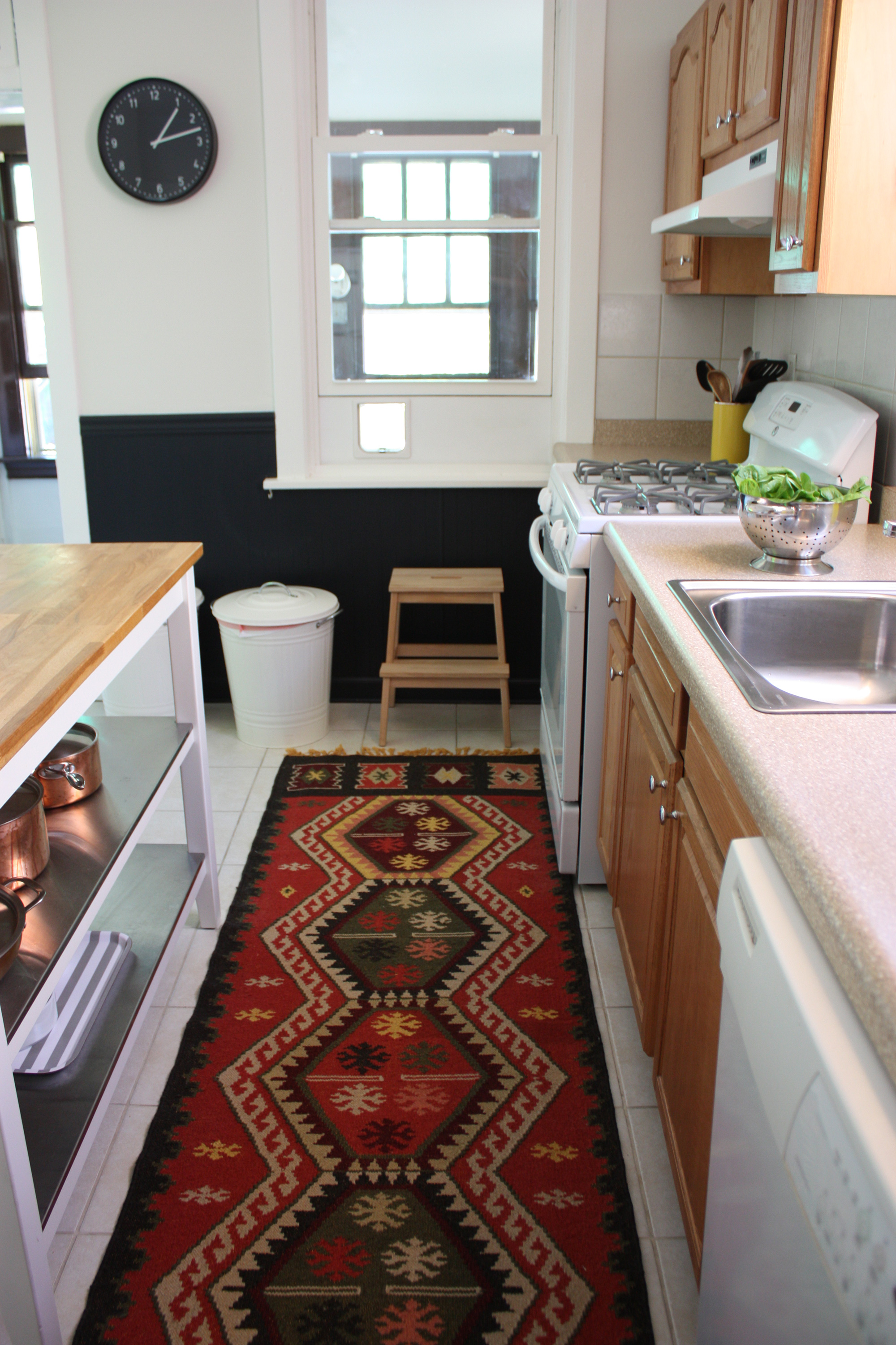More than 9 Quick Rental Fixes for the Kitchen   Apartment Therapy