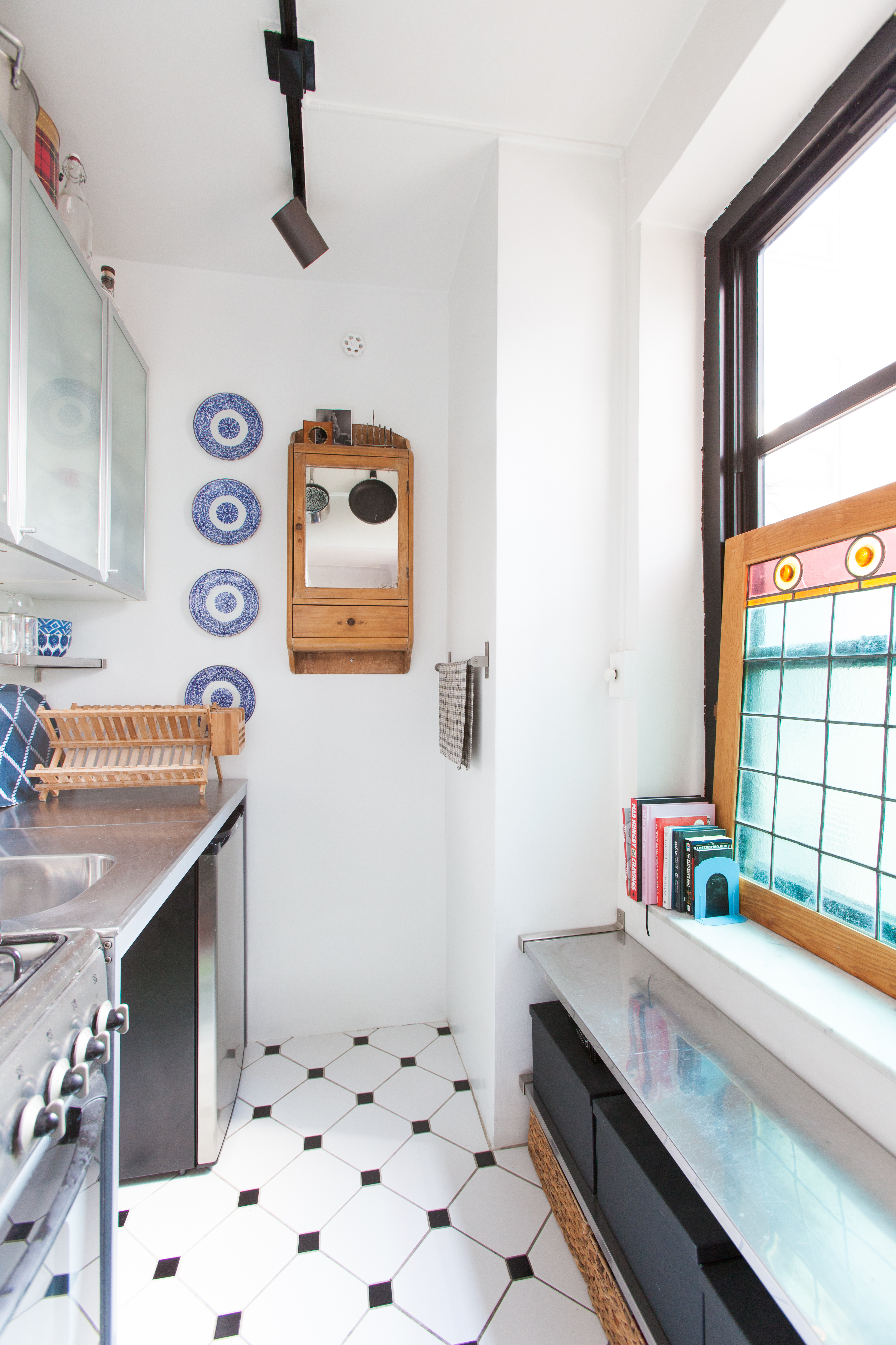 Small Kitchen Organizing Advice Hacks Apartment Therapy