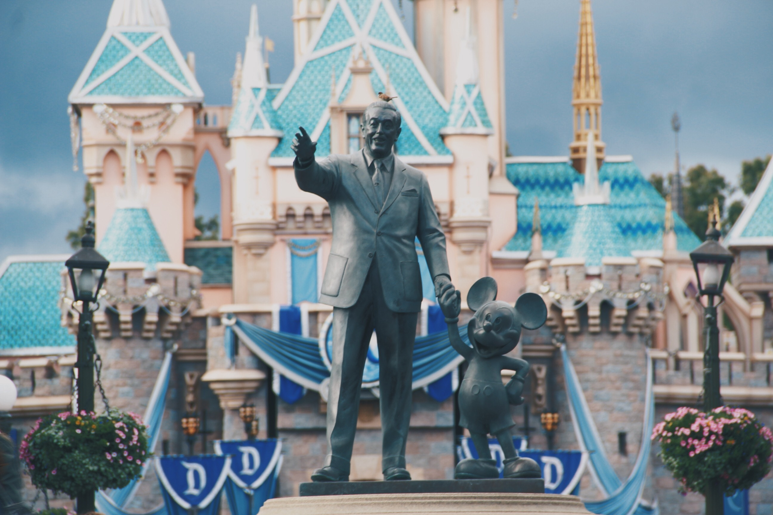 Disney World Has a 30-Step Trash Can Rule That You Can Use to Declutter at Home
