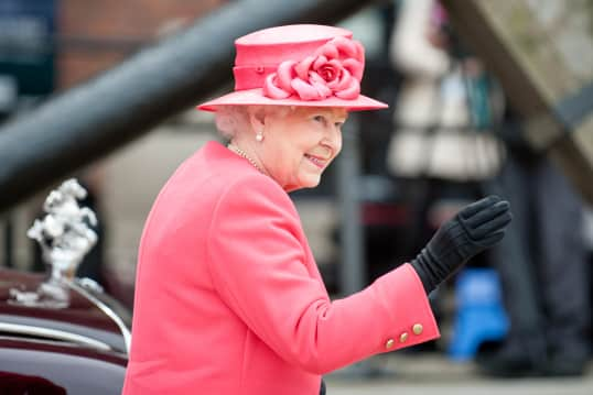 The Queen Is Hiring Someone to Do Her Social Media and It Could Be You