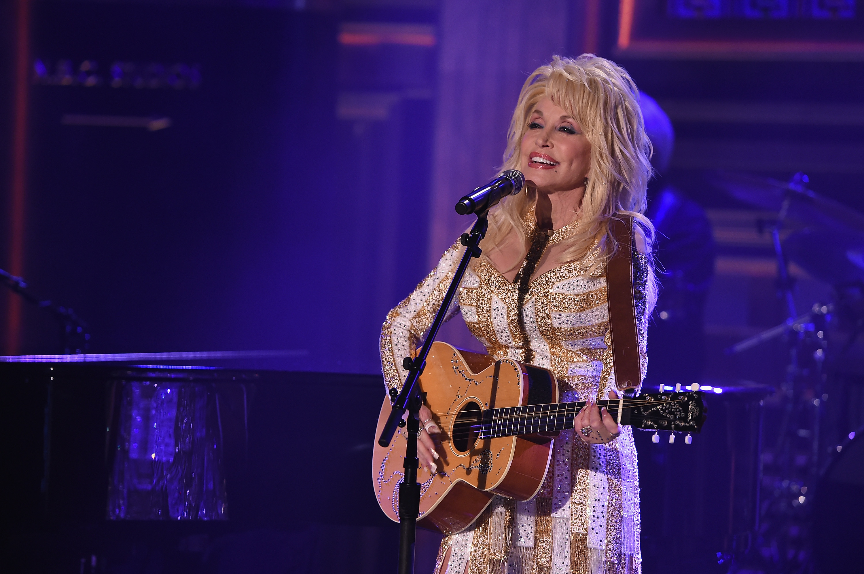 Dolly Parton Is Getting Her Own Home Line