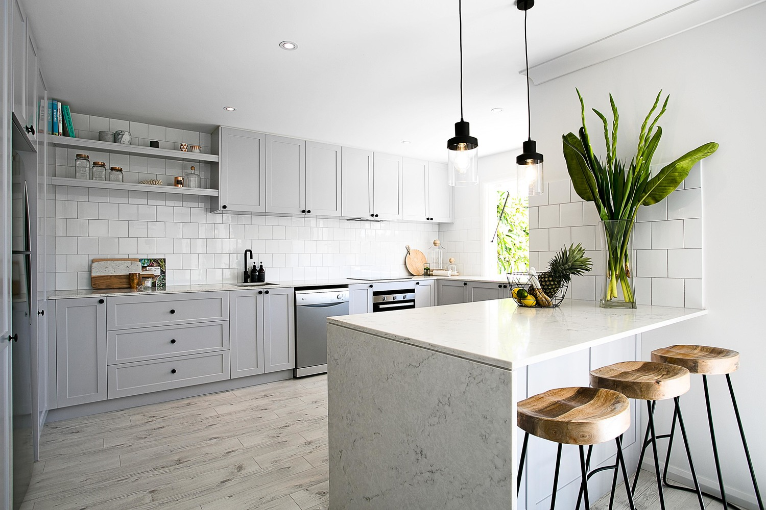 11 Best Kitchen Paint Ideas What Colors To Paint A Kitchen Apartment Therapy