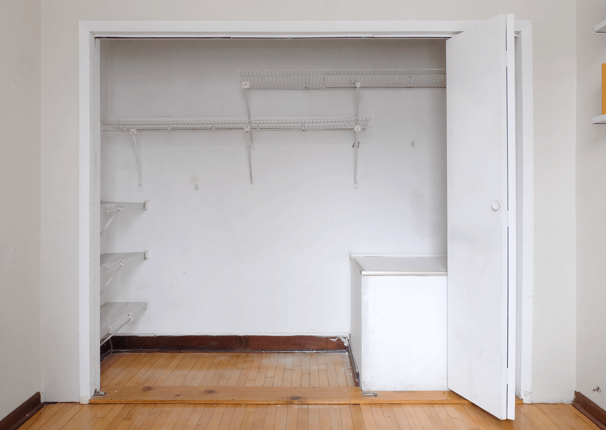 How To Replace Bi Fold Closet Doors With Sliding Ones Apartment Therapy