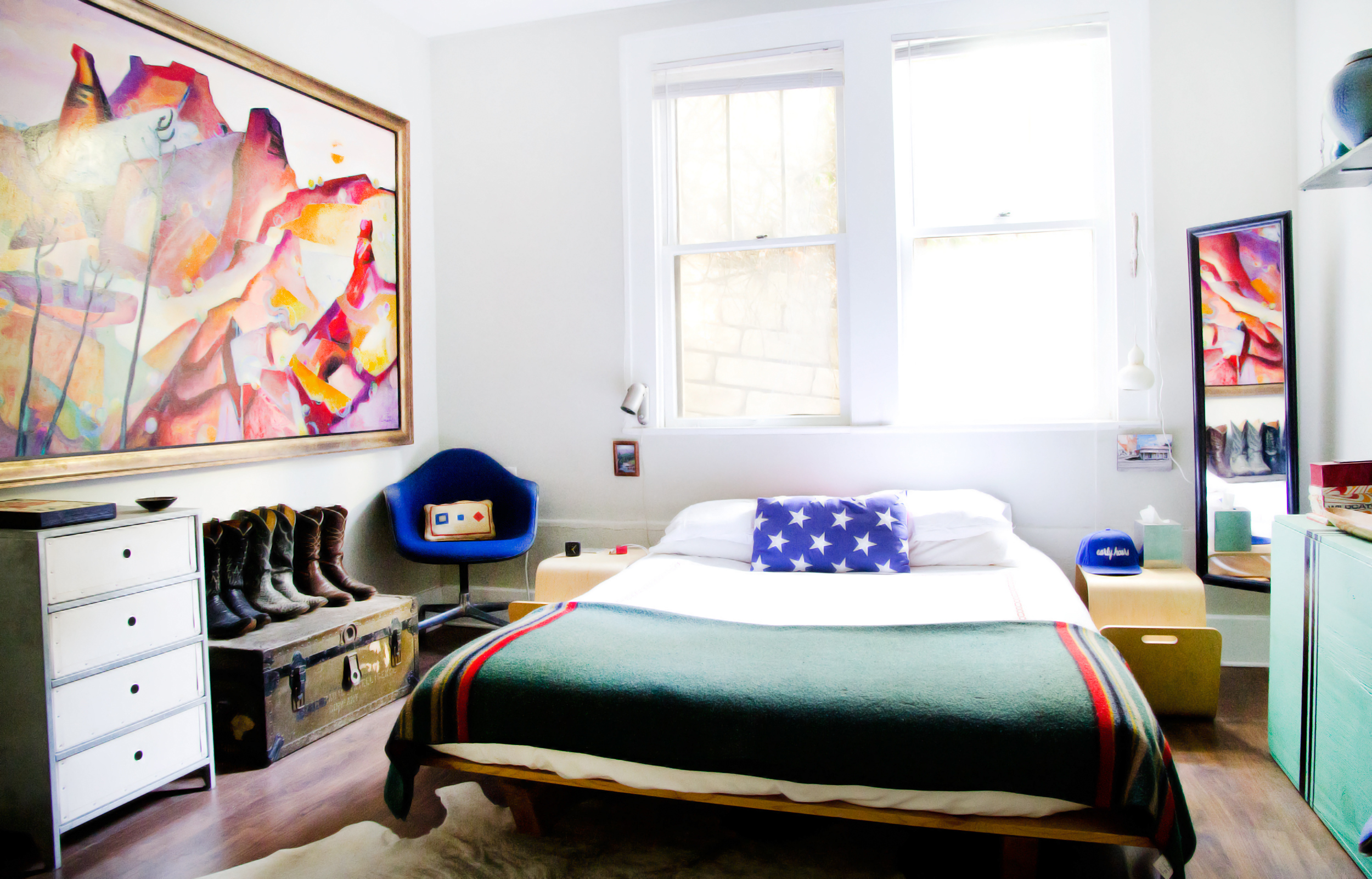Pull It Off Beds In Front Of Windows Apartment Therapy