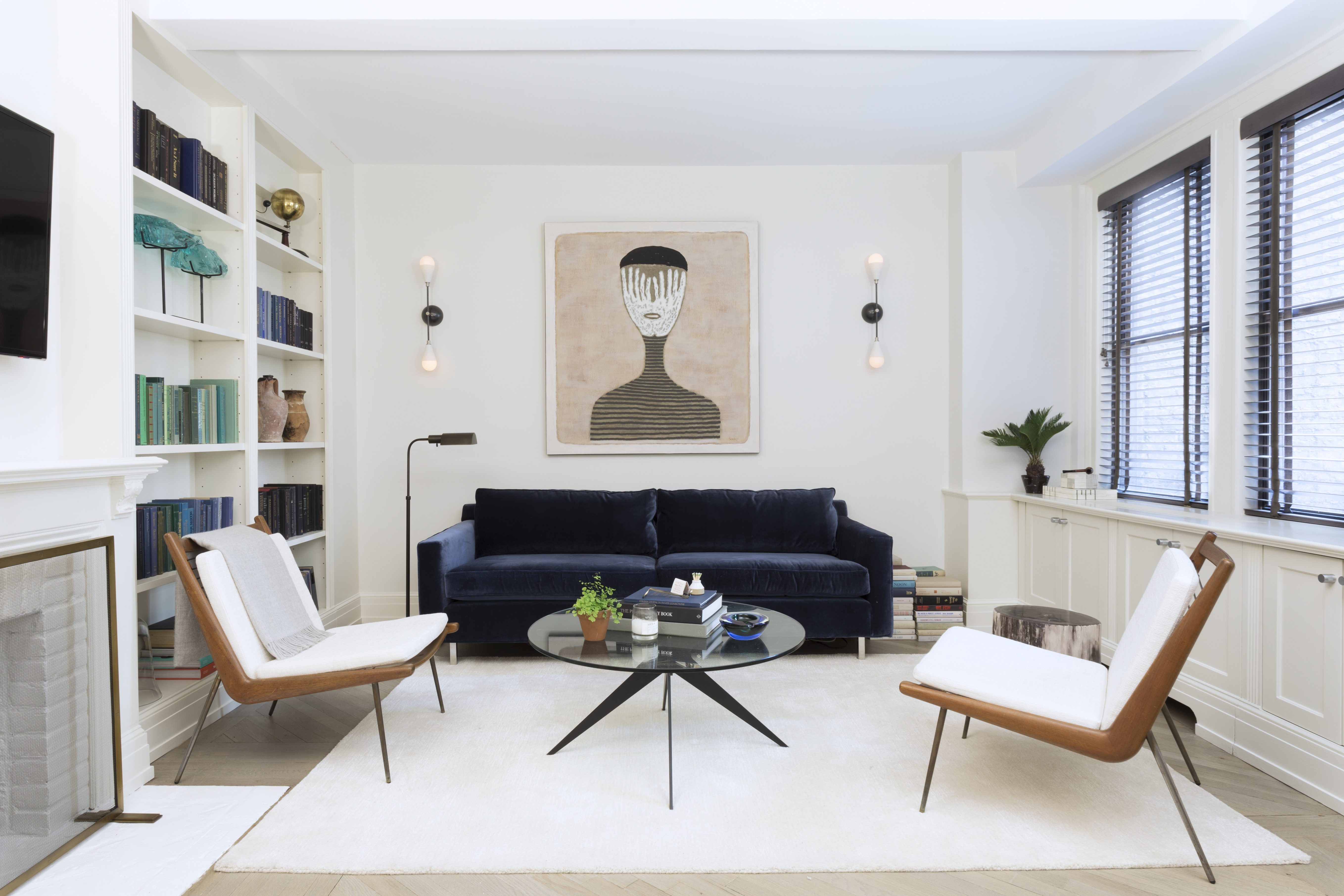 27 Minimalist Living Room Ideas How To Use Minimalism In Living Rooms Apartment Therapy