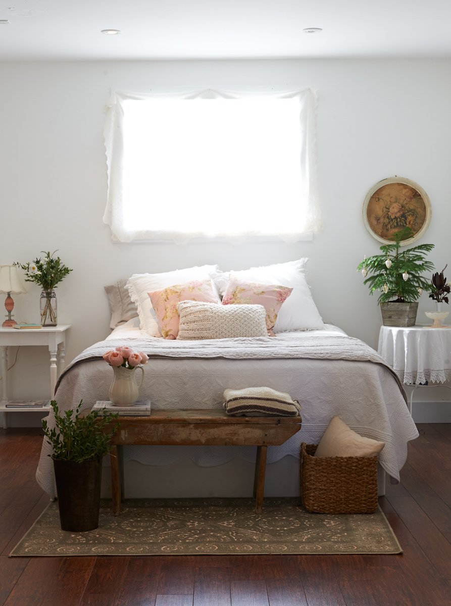 Foot Of The Bed 13 ways to rethink the foot of your bed | apartment therapy
