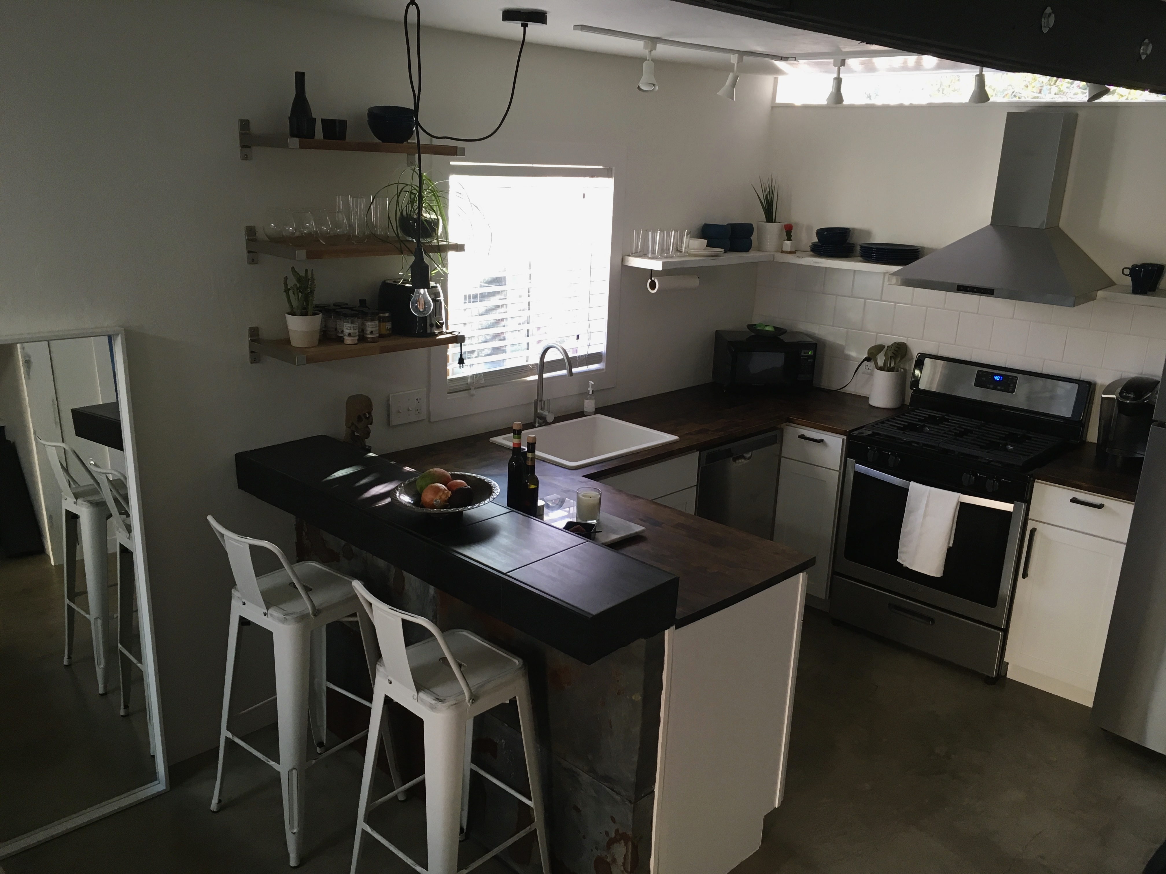 Before After Converted Garage To 20k Studio Apartment Apartment Therapy
