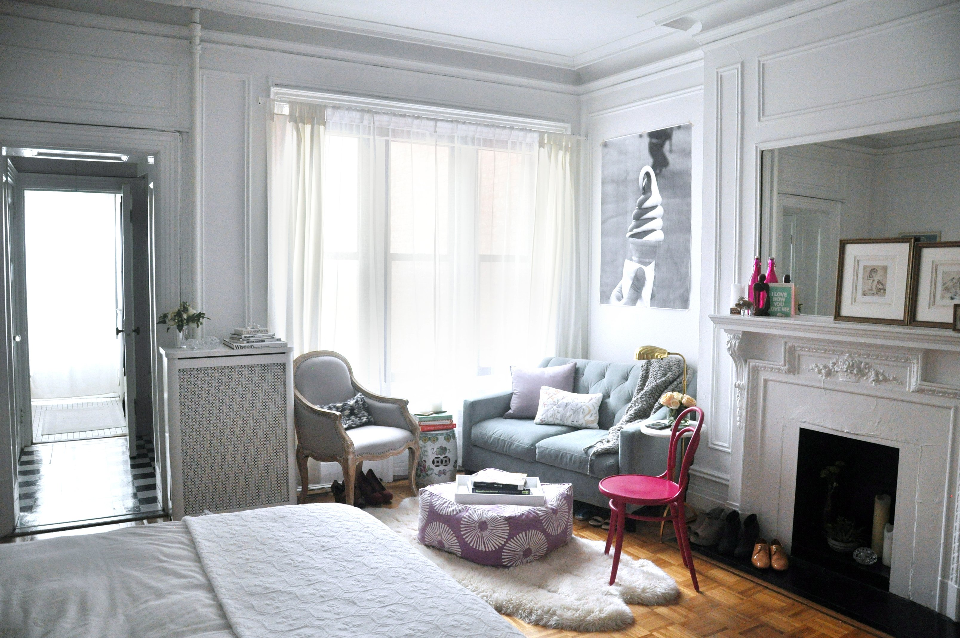 5 New Yorkers Who Made The Most Of Seriously Small Apartments Apartment Therapy