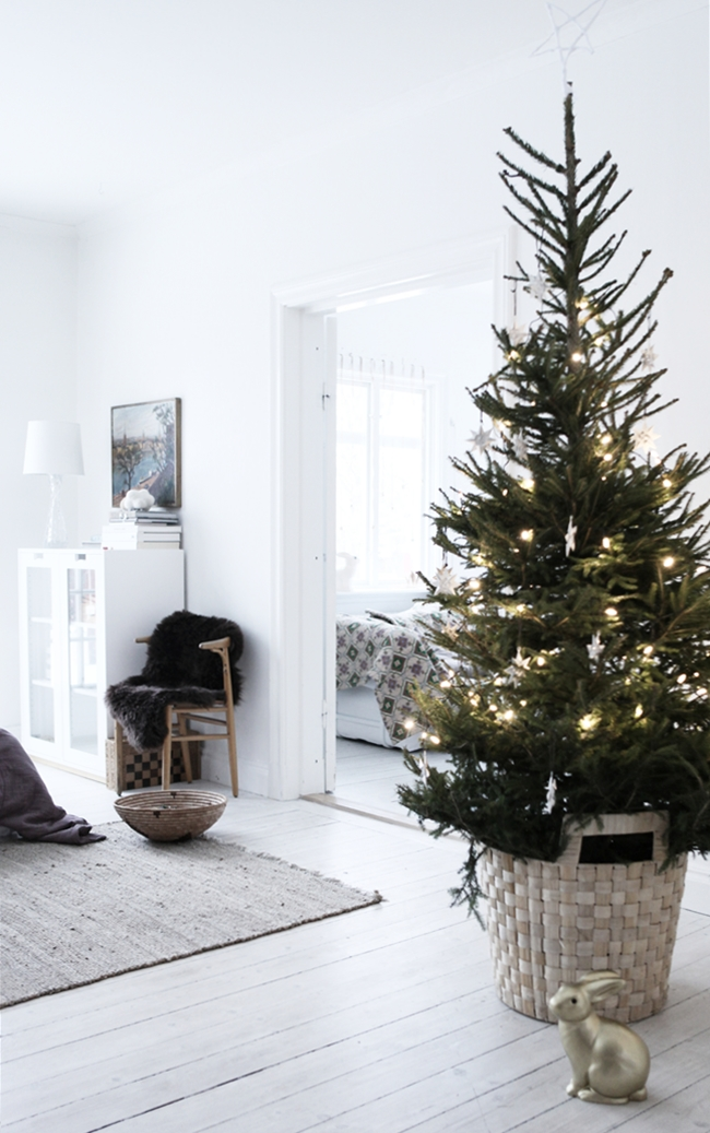 Christmas Tree Stand Alternatives Apartment Therapy