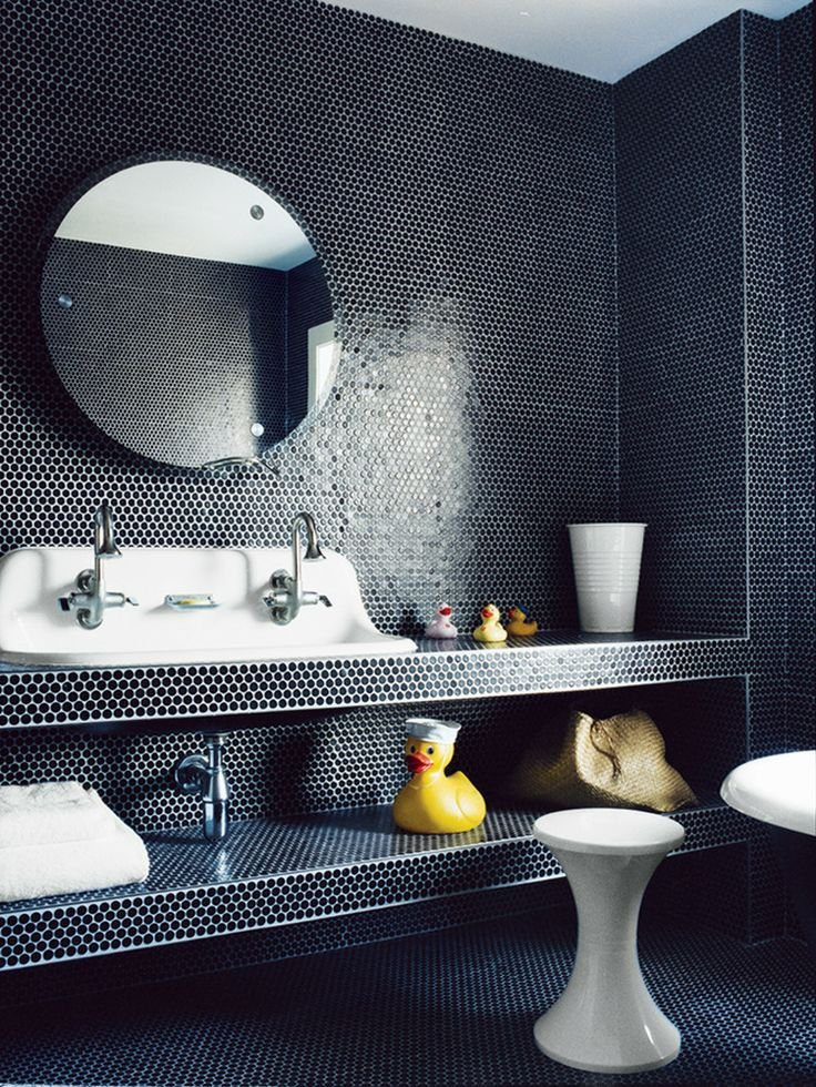 Look We Love Penny Tile In The Bathroom Apartment Therapy