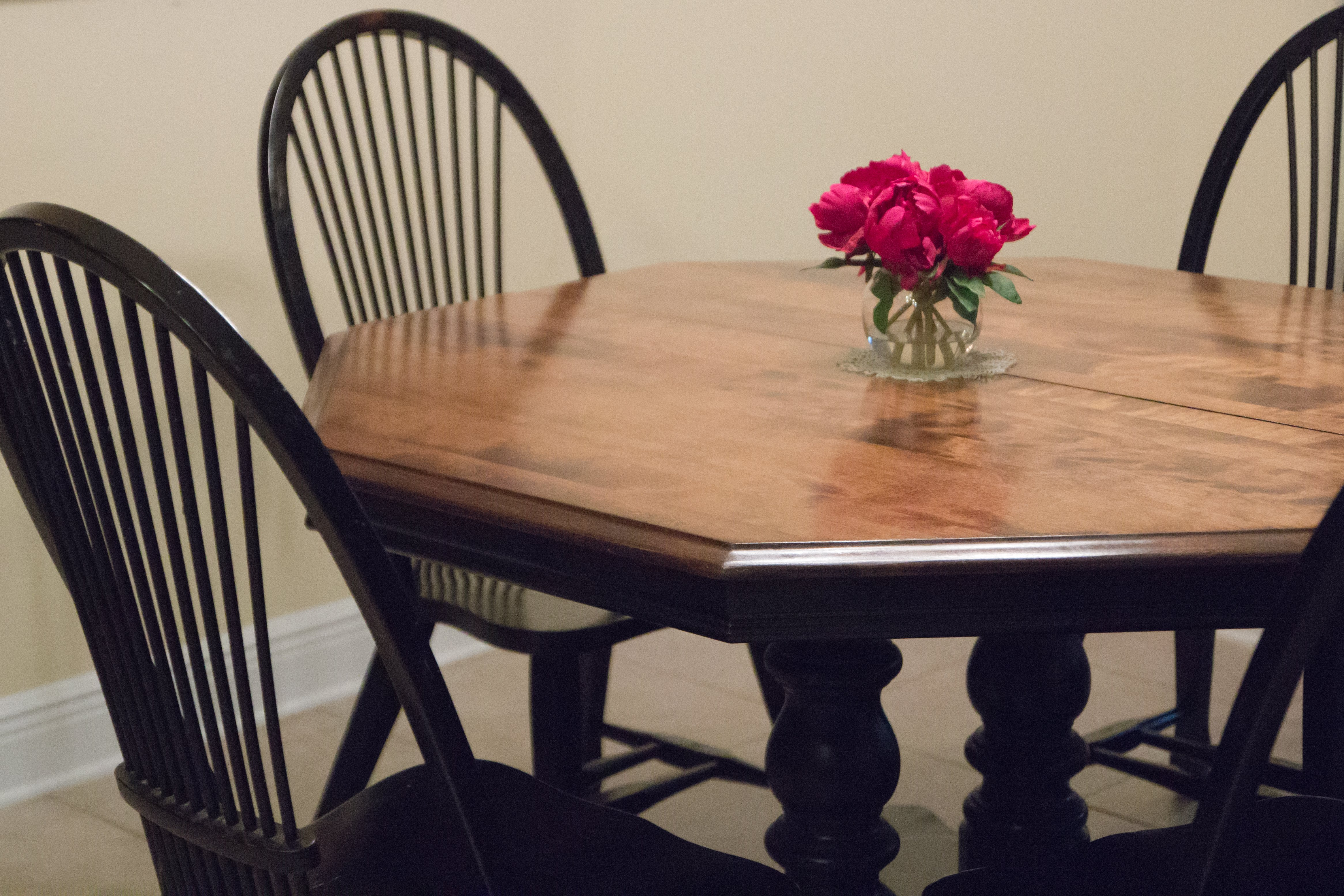 What I Learned from Refinishing Our Kitchen Table Myself Twice ...