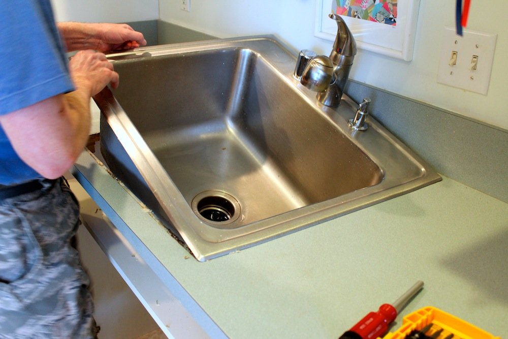 Diy Project How To Remove And Install A Kitchen Sink Apartment Therapy