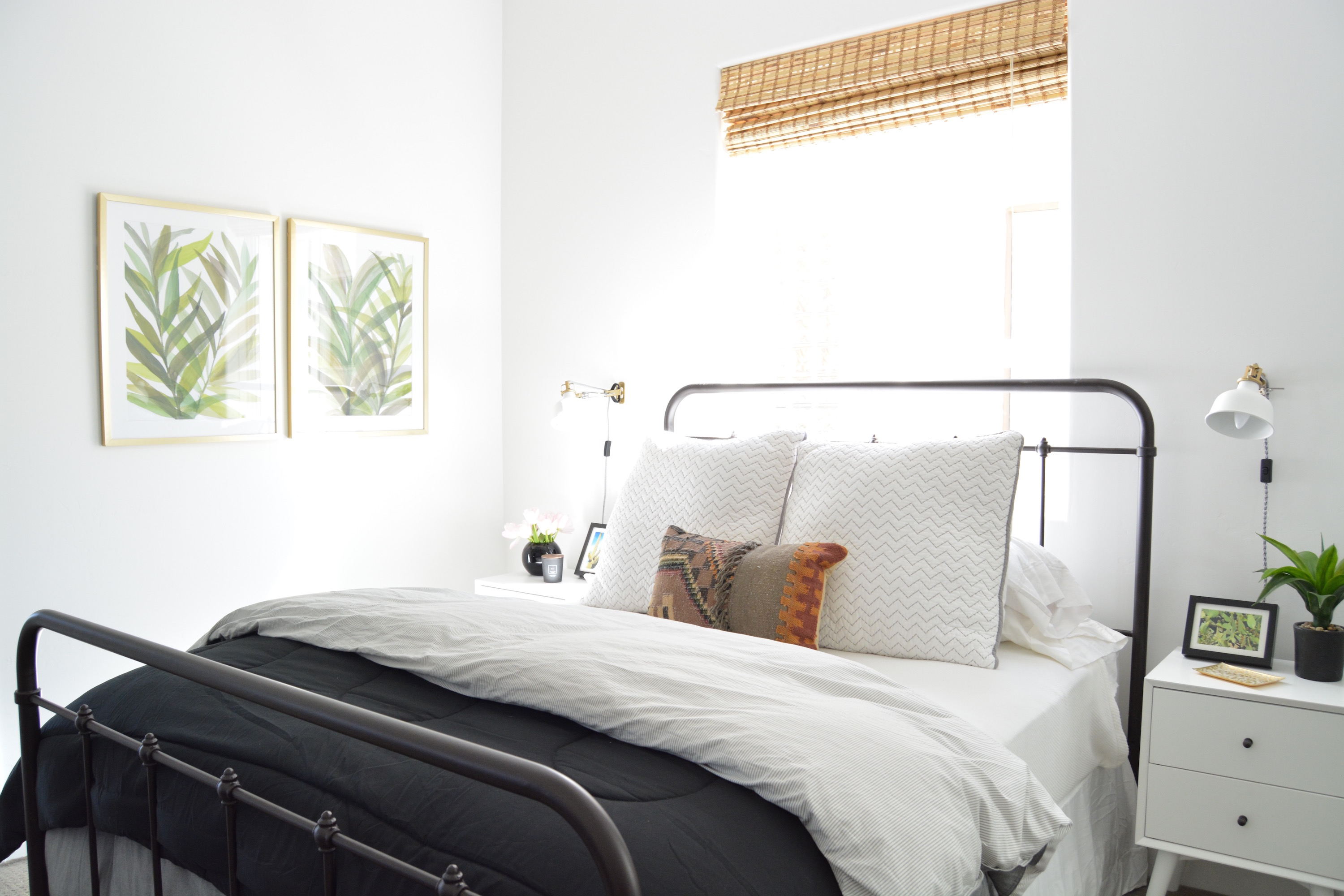 20 Minimalist Bedroom Ideas How To Use Minimalism In Bedroom Design Apartment Therapy