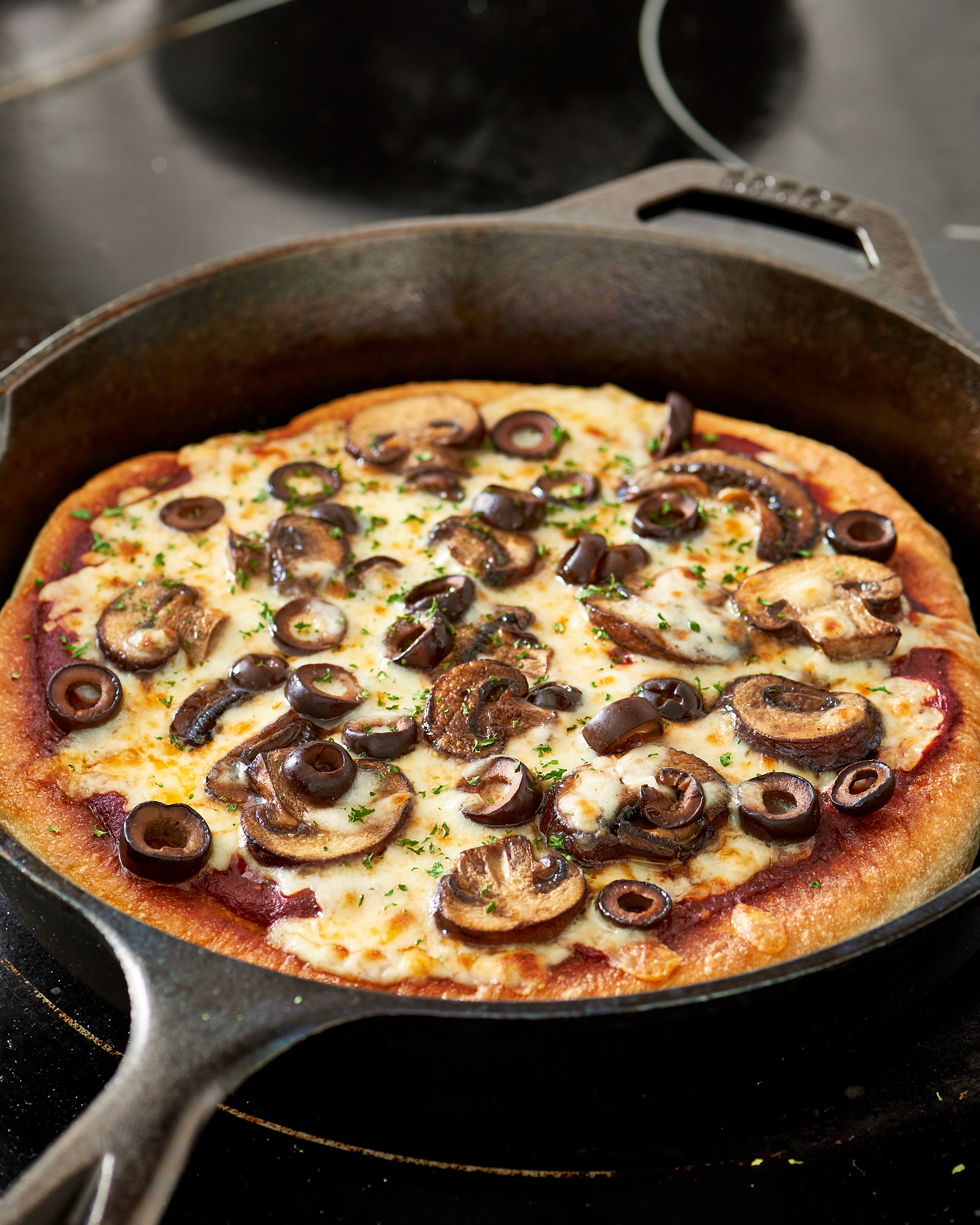 How To Make Skillet Pizza On The Stove Top Recipe Kitchn