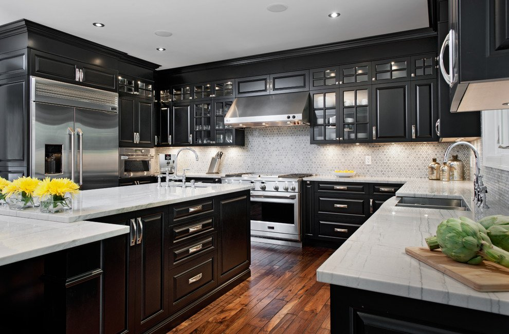 10 Kitchens With Dramatic Black Cabinets Kitchn
