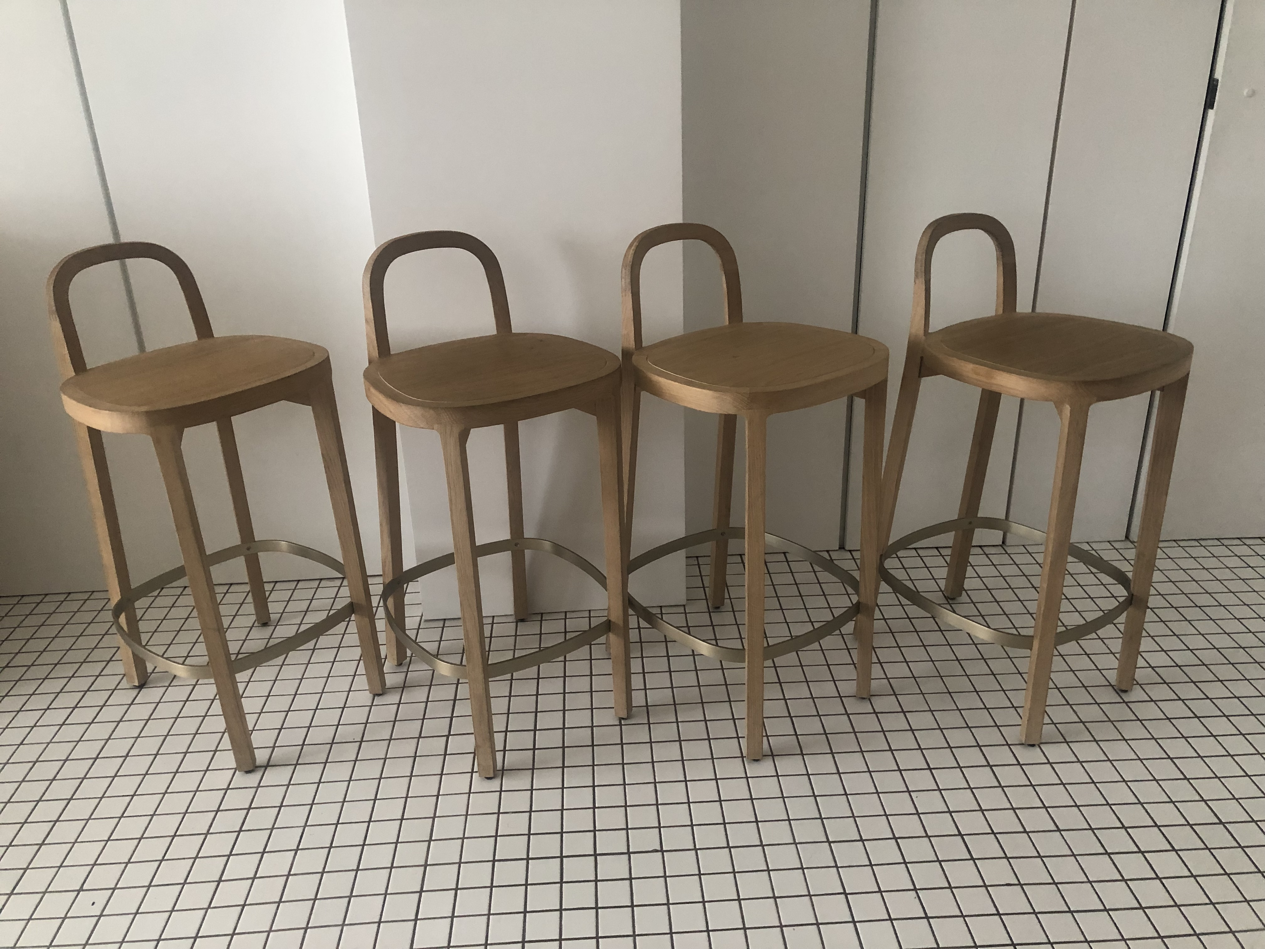 Terrific 7 Stylish Stool Sets Available On Bazaar Apartment Therapy Machost Co Dining Chair Design Ideas Machostcouk