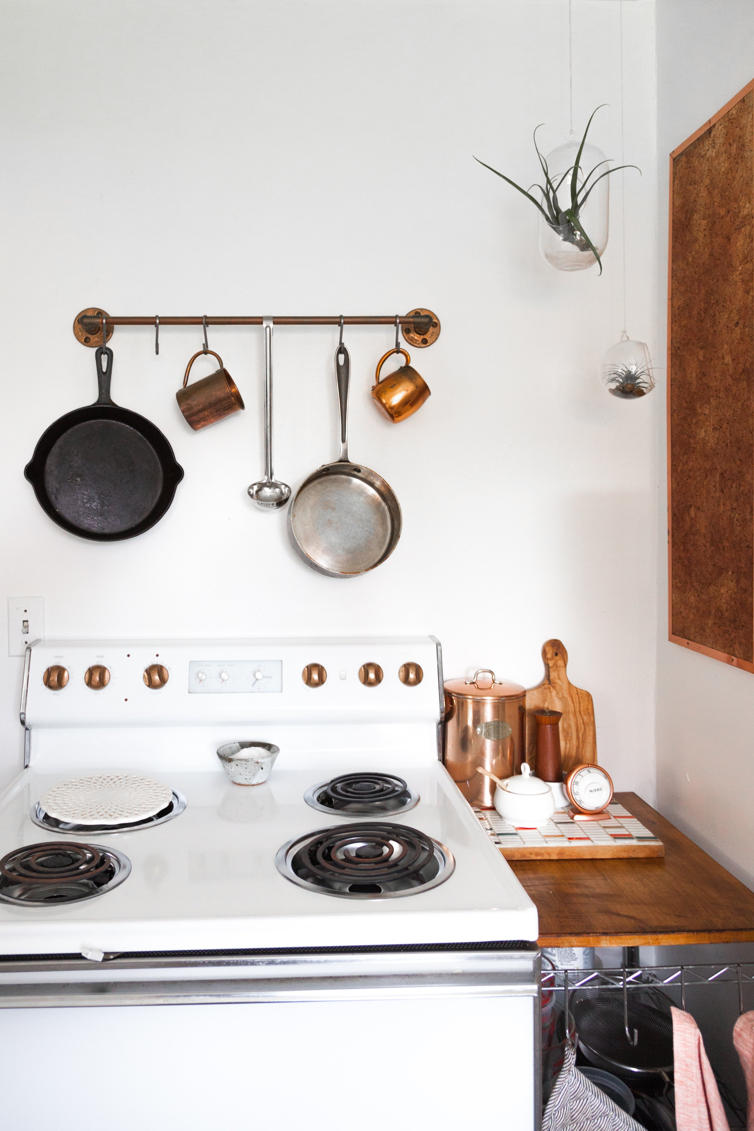 Ideas For Hanging Pots Pans From Real Homes Apartment Therapy
