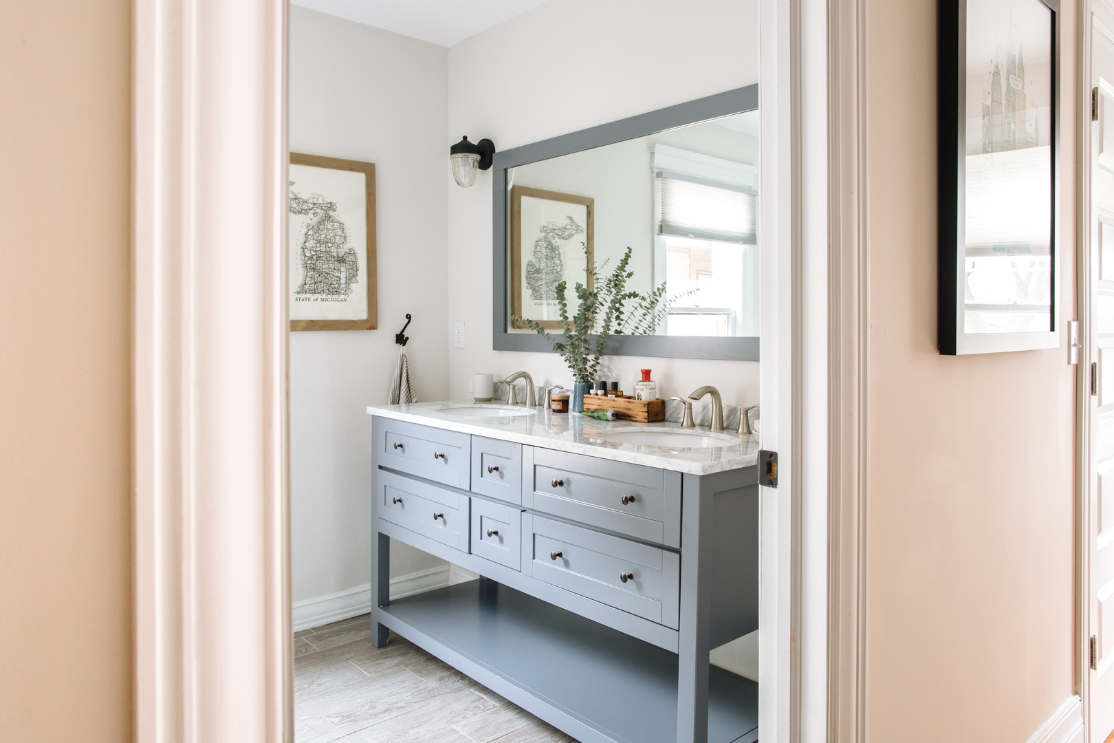 Bathroom Vanity Lighting Ideas And Design Tips Apartment Therapy