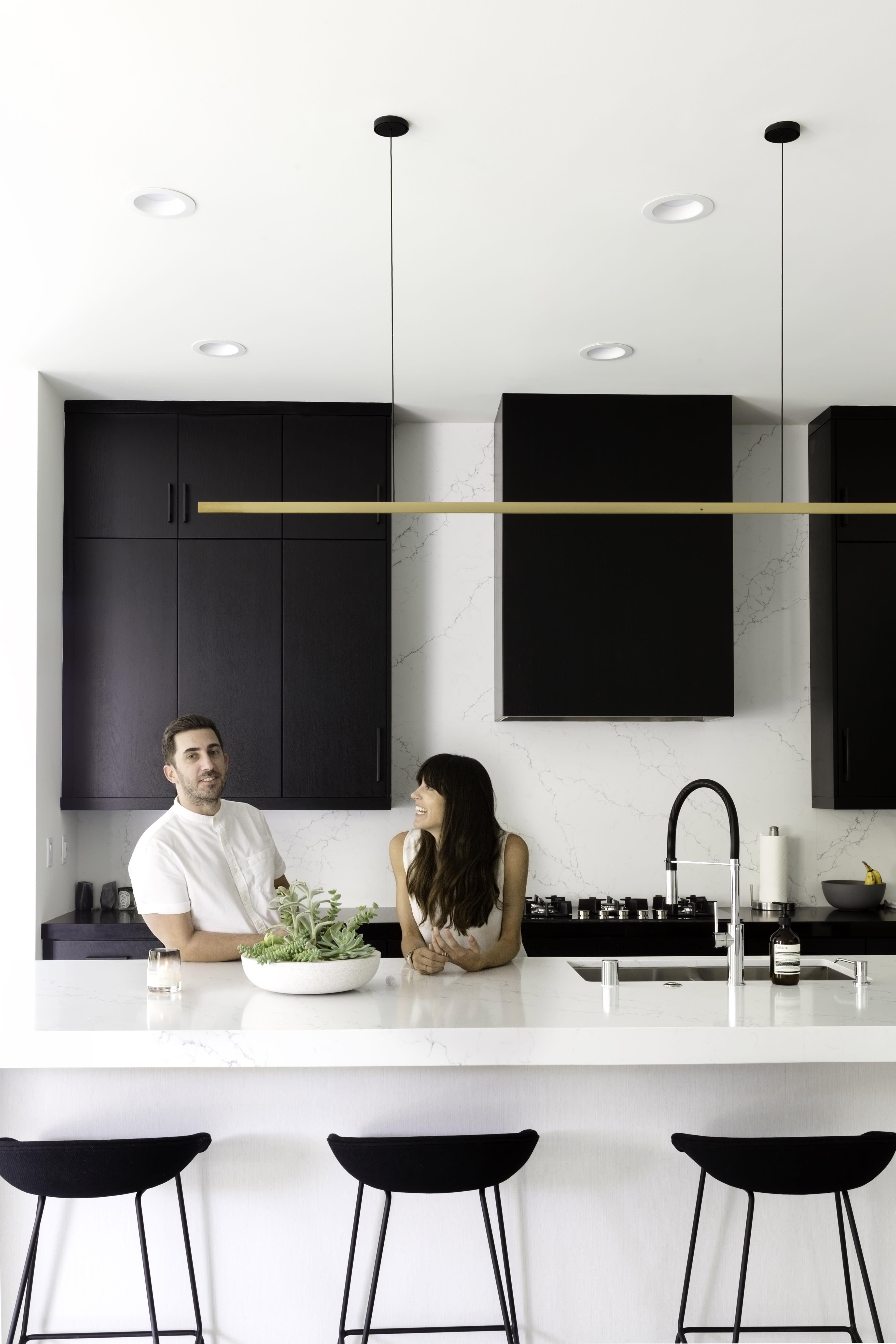 20 Stylish Black & White Kitchens   How to Use Black & White in ...