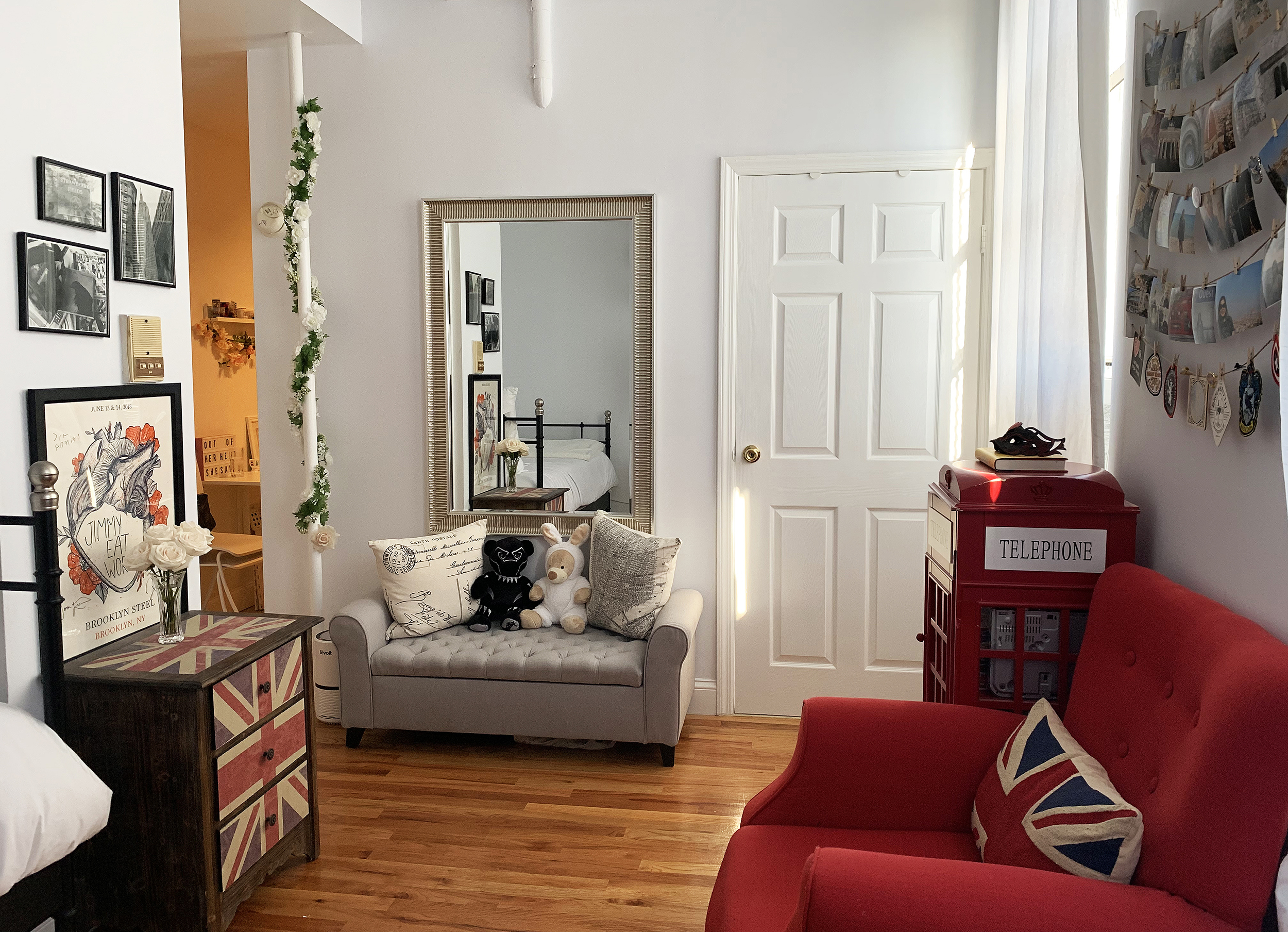 250 Square Foot Nyc Studio Apartment Photos Apartment Therapy