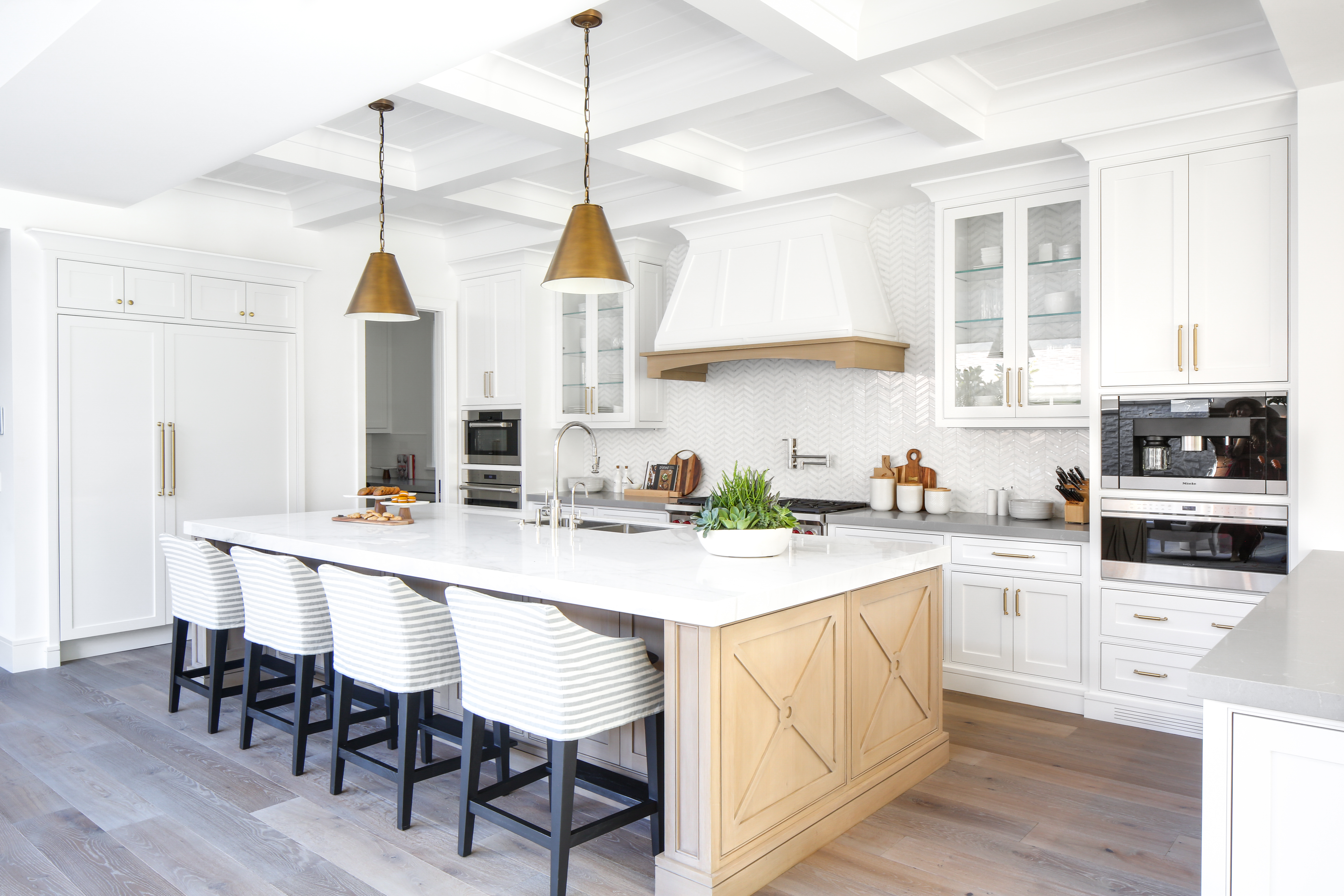 The Best Kitchen Layouts   Apartment Therapy