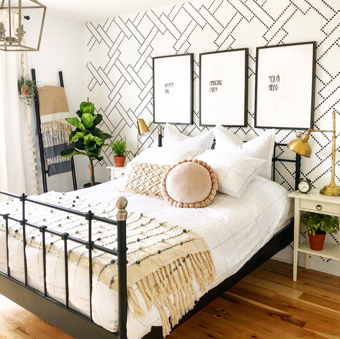 24 Boho Bedroom Ideas How To Use Boho Style In Bedroom Decor Apartment Therapy
