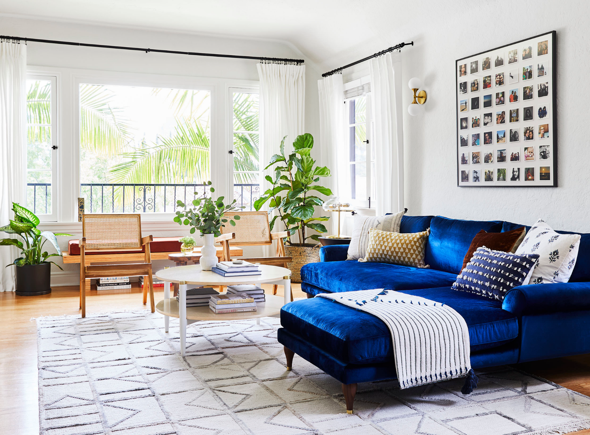 The Best Modern Living Room Decorating Ideas - Gorgeous Modern