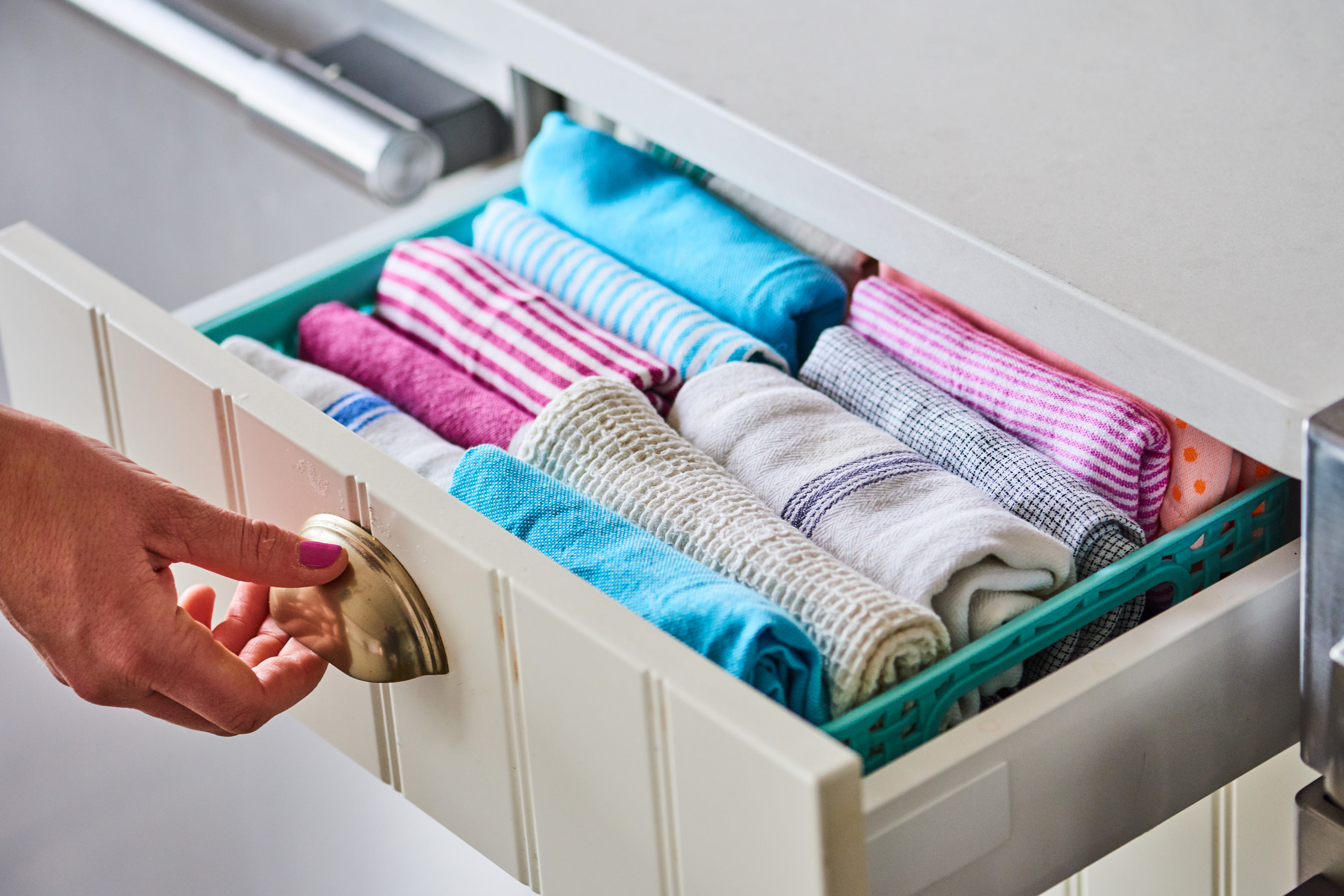 The Best Way To Store Kitchen Towels Kitchn