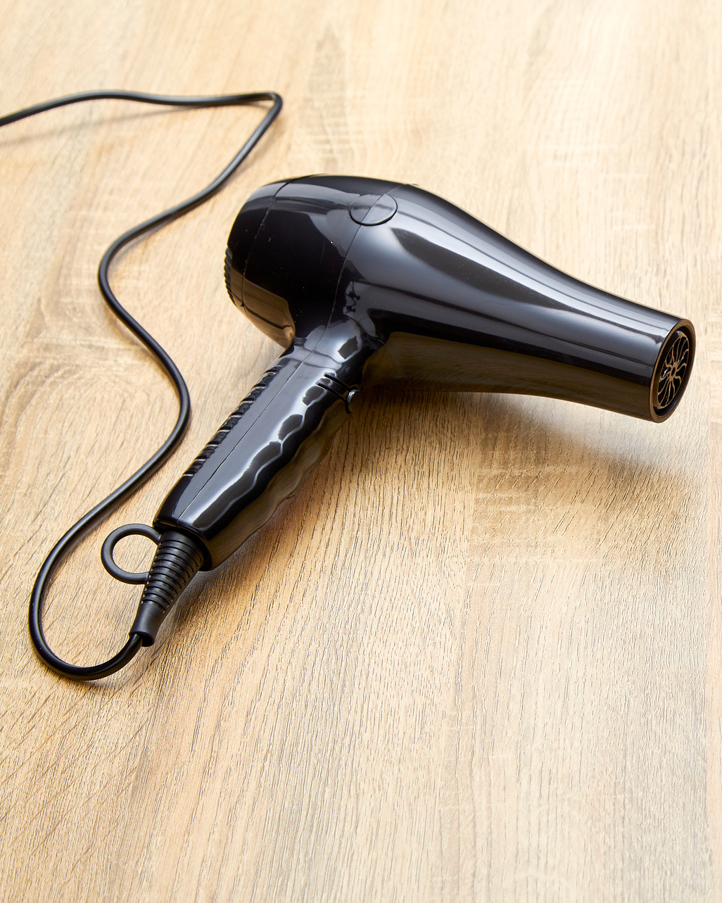 remove water stains from wood floor using hairdryer