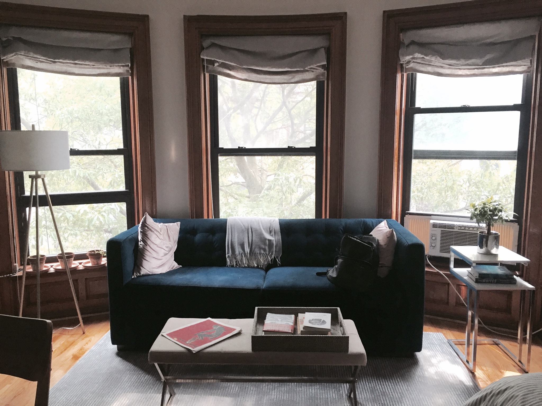 Picture of: 10 Best Cheap Sleeper Sofas Under 500 Apartment Therapy