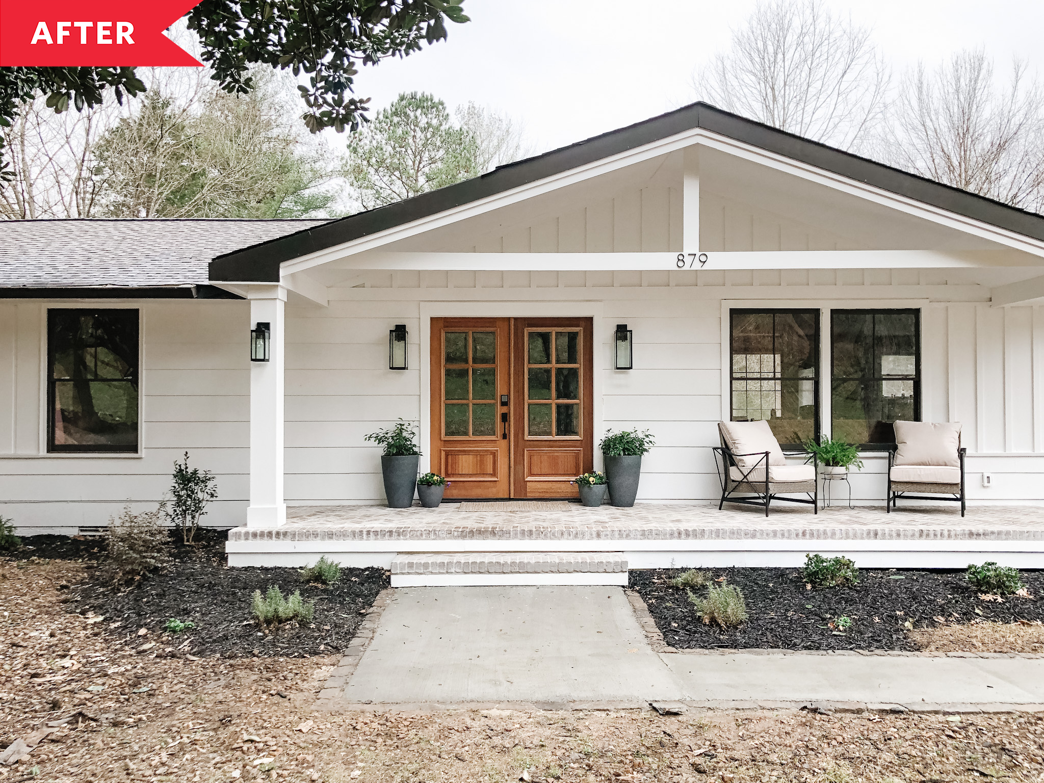 15 Before-and-After Curb Appeal Makeovers